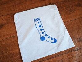 ハンドメイド手刺繍*ソックス柄ジッパーバッグ《ブルー》