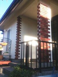 レンガタイル壁用アンティークブリック外壁・キッチン等のDIYリフォームにOK。かるくて軽量で、インダストリアル・男前な壁にも。貼れるインテリア・エクステリア建材です。おしゃれなニューヨーク・ブルックリンスタイルなカフェ風に!