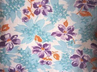 フィードサック 白地水色紫お花 (1/4サイズ)
