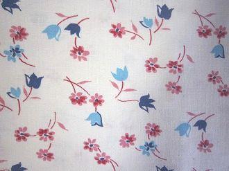 フィードサック 白地ブルーのチューリップとピンクお花 (1/16サイズ)