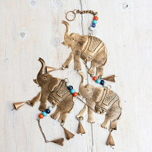 Дверной звонок и т. Д. Нежные тона ручной работы Индийская медь, висящий слон, тройное золото (ок. 80 см) / Дверной звонок Медвежий вихрь Дверной звонок Азиатский духовой звонок Этнические разные товары