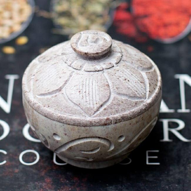 ソープストーンピルケース〔5.6cm〕&お香立て / 小物入れ 石 アクセサリーケース インド エスニック アジア 雑貨