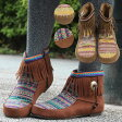 <送料無料>トトニカパンフリンジブーツ/靴 シューズ ショートブーツ アンクルブーツ モカシンブーツ キャメル ブラウン Mサイズ Lサイズ 23cm 23.5cm 24cm 24.5cm レディース エスニック アジアン ネイティブ ボヘミアン チチカカ公式 TITICACA zcwjba7073