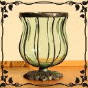 アンティーク調のガラスの花瓶です。インテリア置物としてもとってもオシャレです♪アイアンと...