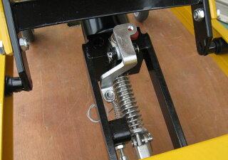黄色油圧式リフトテーブル台車積載能力150kg