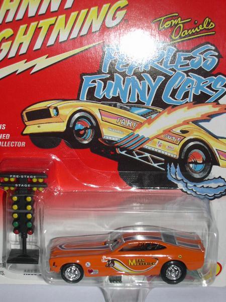 車, ミニカー・トイカー JOHNNY LIGHTNING 208-015 MEAN MAVERICK