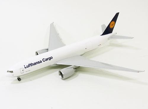 リモックスボーイング B777F ルフトハンザ・カーゴ(ギア付き) 1/200 ※プラスチック製 2013年8月29日発売 hogan Wings/ホーガンウイングス飛行機/模型/完成品 [LH26]