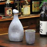 可口的水、 燒酒、 清酒、 長崎陶瓶 ! 感覺到離子瓶 (藍色) 和嘗的不同。 陶瓷儲物罐 / 保存瓶 / 陶伺服器 [ss-0073]