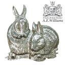 ピンバッジ(ラペルピン/ピンブローチ/ピンズ)スーツ メンズ・レディース ウサギの親子(兎) イギリス製 AEW社 ピューター/錫 うさぎ・ラビット[メール便OK]
