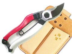 永くお使い頂くことによって、その真価を発揮する刃持ちと切れ味の良さ。最高級の鋼材と焼き入...