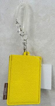 【くまのがっこう】【メール便可】くまのがっこう フェルト パスケース 黄色(イエロー、ブラウン)【おもちゃ グッズ かわいい 通学 定期入れ 通勤 女の子 リール付き クマ 学校 プレゼント ギフト 誕生日 おしゃれ】