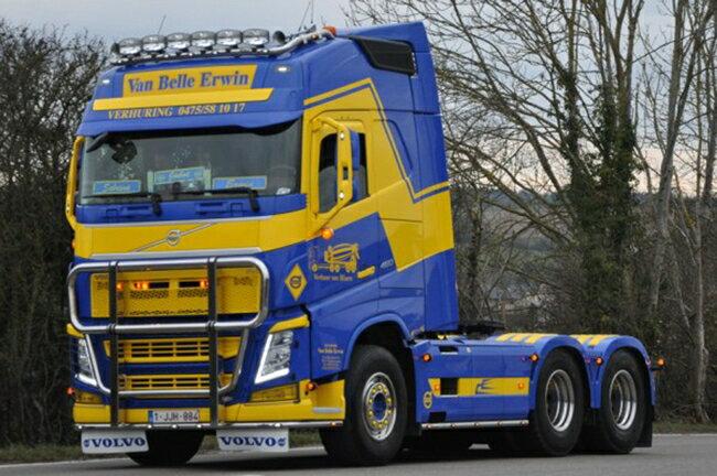 【予約】10-12月以降発売予定Van Belle Erwin Volvoボルボ FH4 Globetrotterトラック トラクタヘッド 建設機械模型 工事車両 WSI 1/50 ミニチュア