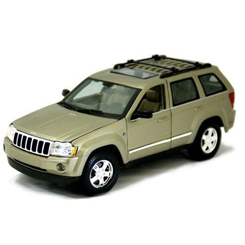 車, ミニカー・トイカー 2005 Jeep Grand Cherokee BG 118 MAISTO 2455 SUV 4