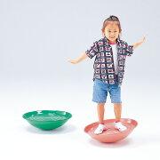 バランス感覚を養う子供用遊具バランサー