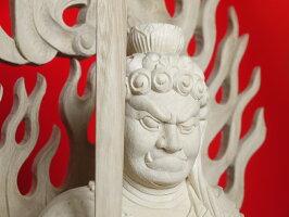 12月入荷価格変更のため倉庫へ〜木彫り仏像不動明王〜一刀彫/素材:楠