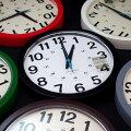 掛け時計おしゃれ音がしないかわいい見やすい大きい軽い静音シンプルスイープムーブメントプラスチックレトロ連続秒針グレー24時間日本製TRIBECAトラディションアコースティックTRADITIONACOUSTIC