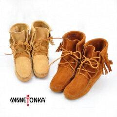 MINNETONKA ミネトンカ レディース Tramper Ankle Hi Boot レースアップフリンジ付きショートブーツ[421/422/427/428/429]【FW】(S-5)