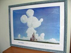 シンデレラ城の空にミッキーマウス型の雲がアートオブミッキーマウス/アキラ ヨコヤマ