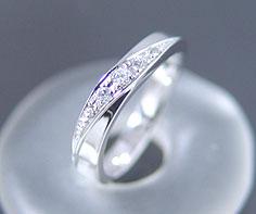 ダイヤモンド マリッジリング 「Bird」 PT900(レディース:1〜20号)ダイアモンド ペアリング プラチナ900 結婚指輪 ギフト包装 刻印無料:アム(ジュエリー好きが集まる店)