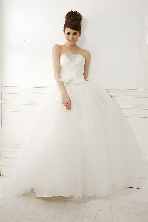 518e8d59da769 ... ウェディングドレス プリンセスライン チュール 結婚式 花嫁 ブライダル 披露宴 二次会 パーティー WS127