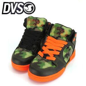 1995年にカリフォルニア州トランスで創立された「DVS/ディーブイエス」から、キッズスケートシ...