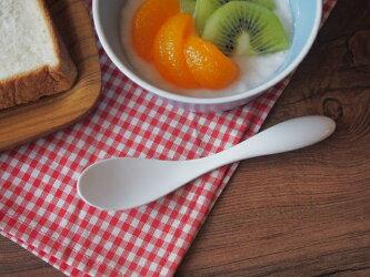 薄くて軽い!ヨーグルトスプーン(強化磁器)【一級品】【瀬戸焼】【業務用食器】おしゃれ白い白いスプーン朝食ゼリー口当たりなめらか口あたり滑らか真っ白オシャレ薄い軽い食器カフェ
