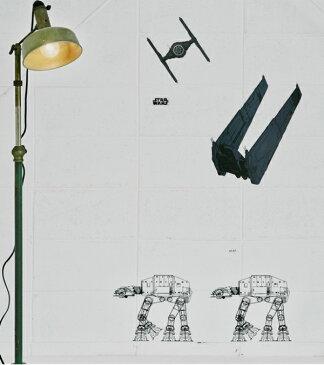 ウォールステッカー ディズニー スターウォーズ 宇宙 ウォールステッカー 子供部屋 キャラクター ロボット 宇宙船 戦闘機 モノトーン かわいい インテリアシール キッチン 壁シール お風呂 トイレ カフェ 世界地図 英字 海 壁紙 飛行機 風景 ベーダー レイ 男の子 映画