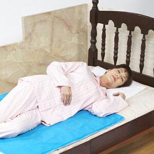 お休みの時から涼しく、お目覚めまで持続されます。涼感ジェルパッド ハーフシングルサイズ