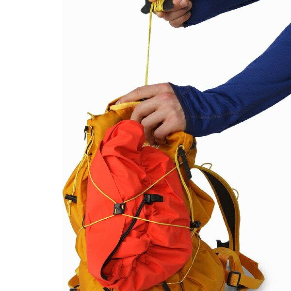 アークテリクス ARC'TERYX Cierzo 18 Backpack Inkwell