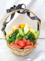 【送料無料】オレンジ色のバラとカーネのグラデーション元気いっぱいビタミンカラーのバスケットアレンジ