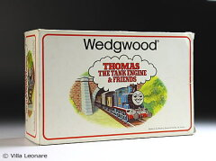 【ウエッジウッド】きかんしゃトーマス マグ&プレート&ポリンジャー&エッグカップ4点セット(ボ…