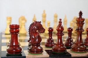 ハンドメイド高級チェス駒セット?ブライドル?モデル柘植?インド紫檀?キング4.5インチ