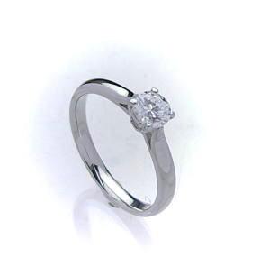 1.0ct.E-VVS1-3EX(H&C)PTプラチナ婚約指輪(エンゲージリング)ダイヤモンドリング、4本爪(鑑定書付)