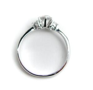 0.4ct.E-VS1-3EX(H&C)PTプラチナ婚約指輪(エンゲージリング)ダイヤモンドリング、両脇メレダイヤ入り(鑑定書付)