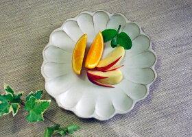 益子焼き和食器の器花の形のしょう油皿(醤油油)・小皿・豆皿