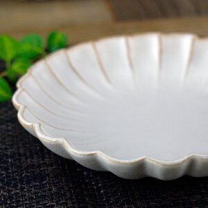 益子焼kinari輪花(大)リンカ大皿皿カレー皿おしゃれかわいいナチュラル花形(食洗機対応電子レンジ使用可)名入れギフト(別料金)結婚祝い
