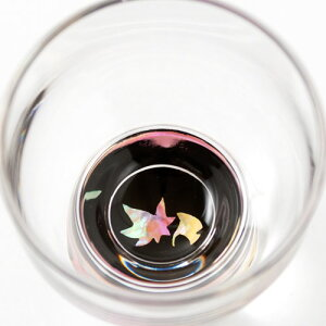 高岡漆器螺鈿硝子杯紅葉・黒富山県伝統工芸品Takaoka-shikkiradenglasssakecupsakazuki