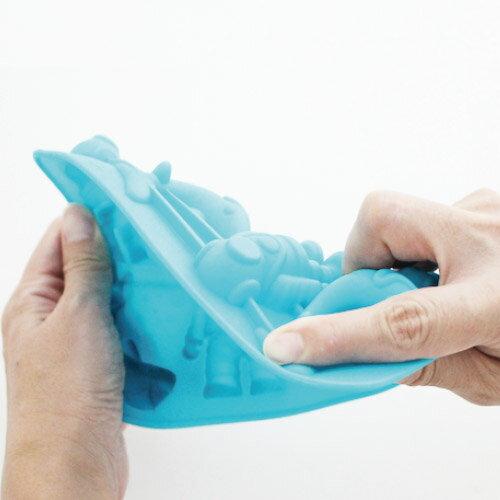 【 メール便 】 おもしろ雑貨 製氷皿 シリコン シャーク 潜水 アイストレー ディープ ダイバー Deep Drink Diver ゼリー チョコレート お菓子 型 製菓道具 / WakuWaku画像
