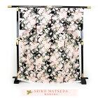 松田聖子正絹お仕立て上がり小紋着物「黒地に洋花とイチゴ」