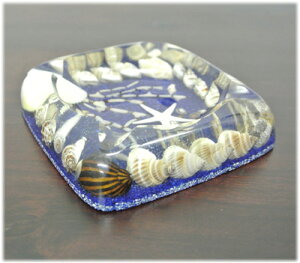 貝殻入り灰皿(ネイビー)