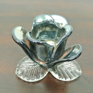 薔薇のガラスキャンドルホルダー