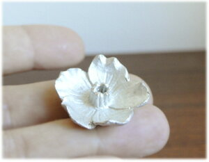 錫香立て(五弁桜)
