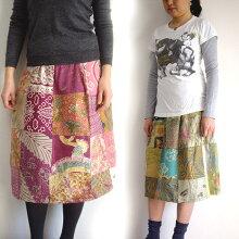 【メール便】オールドバティックパッチワークのミディアムスカートろうけつ染めバティック古布パッチワークバリ島買い付け