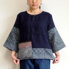 【送料無料】モン族藍のろうけつ染めトップスアップリケ付き11大人のエスニックファッションろうけつ染めバティック少数民族の手仕事アジアンファッション
