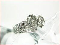 クラシカルハートモチーフプラチナ台のしっかりとした作りダイヤモンドリング