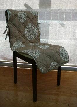 【5月NEW】椅子カバー ダイニングチェアカバー 座面 おしゃれ かわいい ナチュラル 綿100 キルト レース柄がかわいいキルト椅子カバー ドイリー ベージュ【45x140cm】【インテリア】【k-04a】