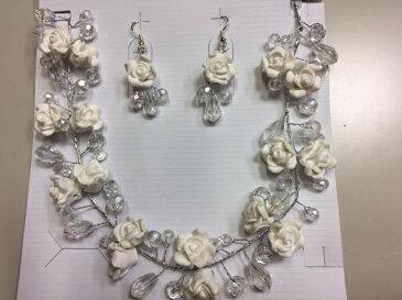 ネックレス ウエディング ブライダルジュエリー 結婚式 ブライダルネックレス お花が立体的で豪華 白薔薇 ネックレス+揺れるピアス ウエディングネックレス