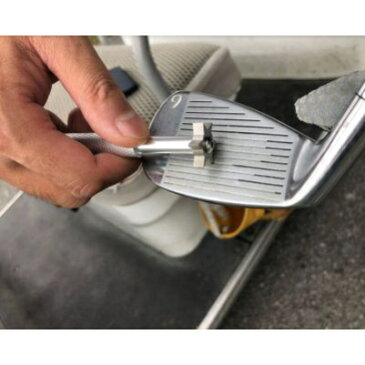 ゴルフ アイアン ブラシ 溝掃除 メンテナンス 溝クリーナー ウェッジ グッズ 便利 クリーニング 清掃 プレゼント