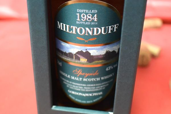 700 ml of Milton duffing[1984]Gordon & マクファイル rare vintages 43%