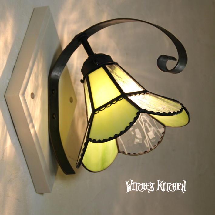 ブラケットライト 【Vivian Green・ヴィヴィアン グリーン】 LED対応 フラワー 壁掛け照明 ステンドグラス ランプ:ウィッチーズキッチン
